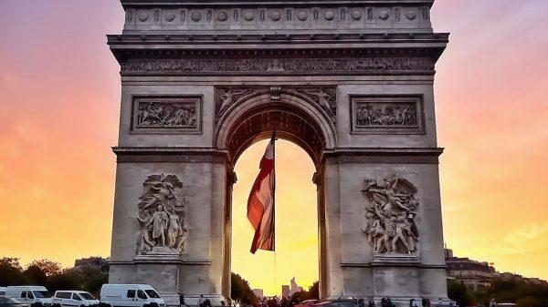 L'arc de Triomphe, tourisme à Paris
