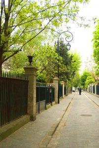 Entrée de la cité des fleurs à Paris