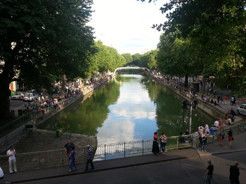 Canal Saint-Martin, un lieu de rencontre